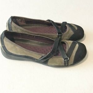Privo Clarks Acacia Shoes Womens 7 M Olive Green B